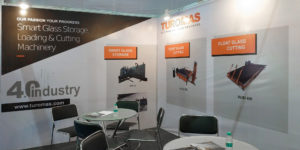 turomas-booth-zak-glass-2019